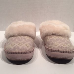 UGG Shoes - UGG Women's Knitted Creme Mocassin Slippers